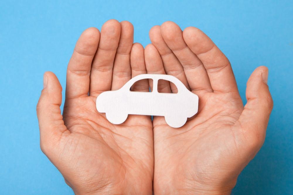 中古車を購入した際の任意保険の入り方