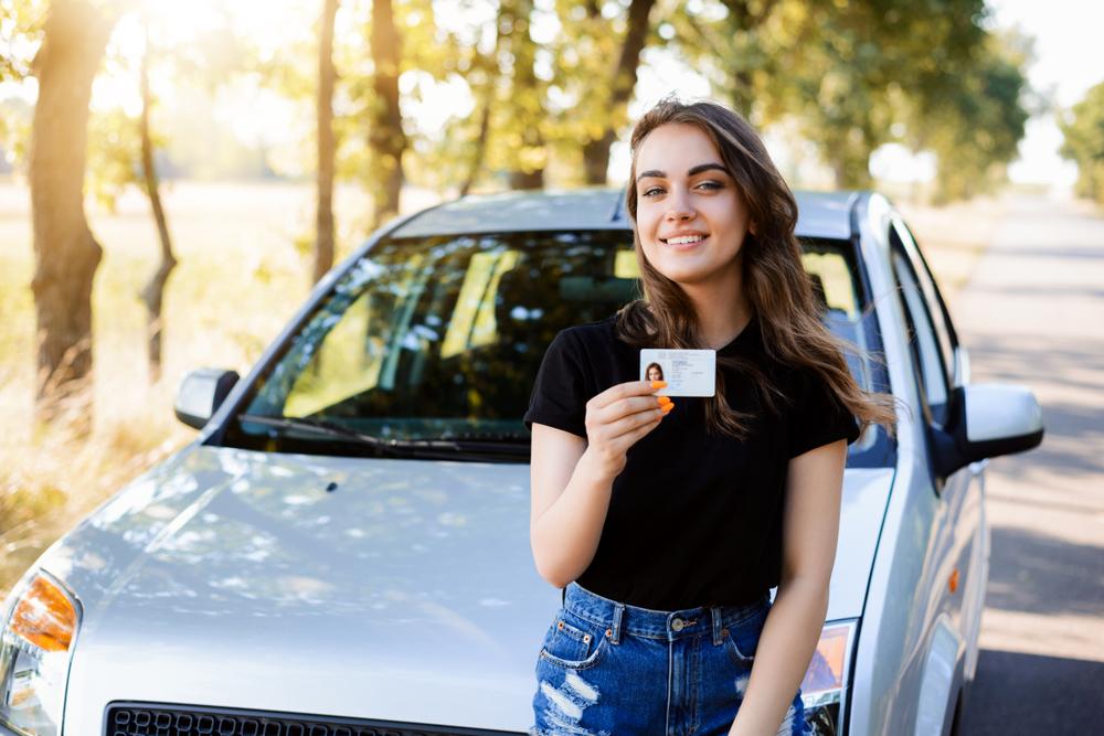免許取り立ての運転初心者には中古車がおすすめ